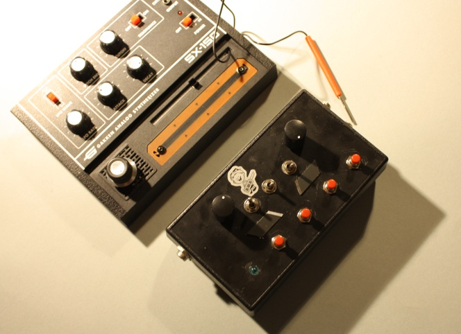 8-bit noise synth